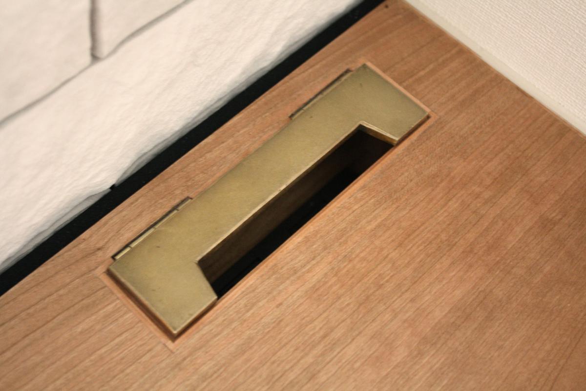 オーダーリビングボード オリジナル金具