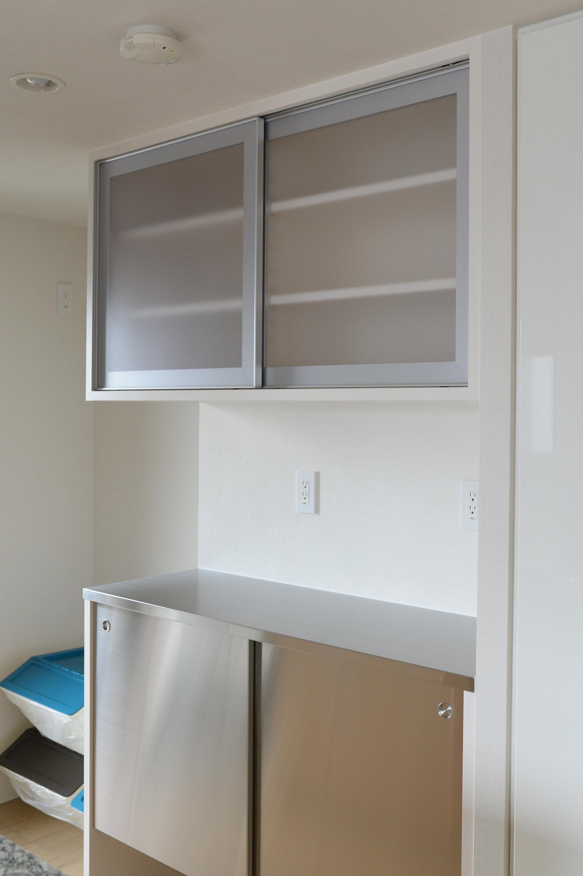 オーダー食器棚の納品