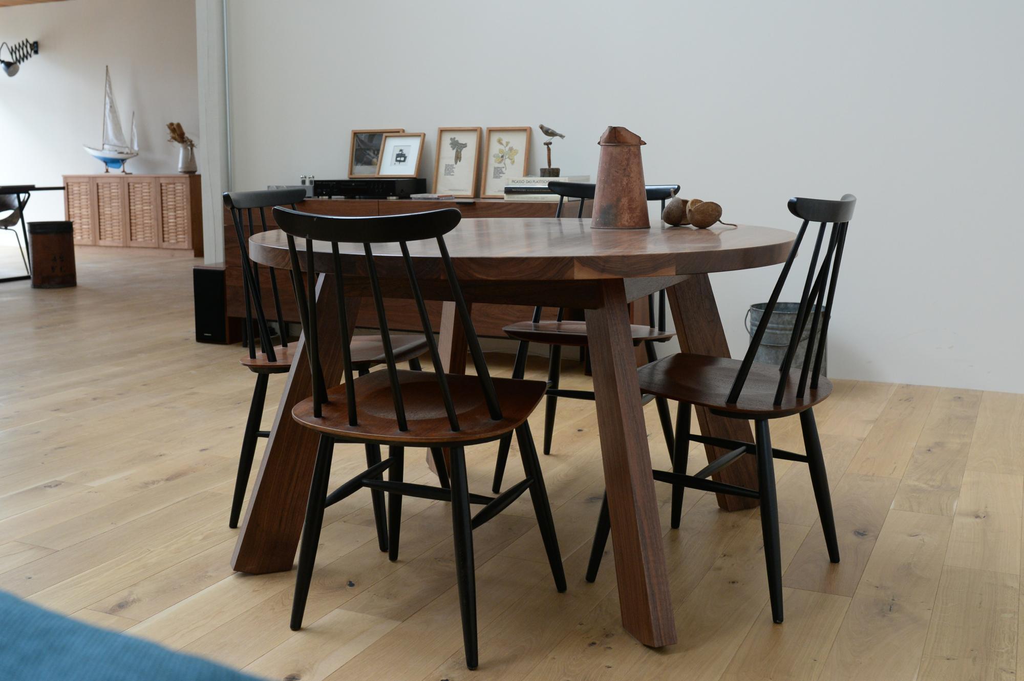 丸テーブル 無垢材 ウォールナット