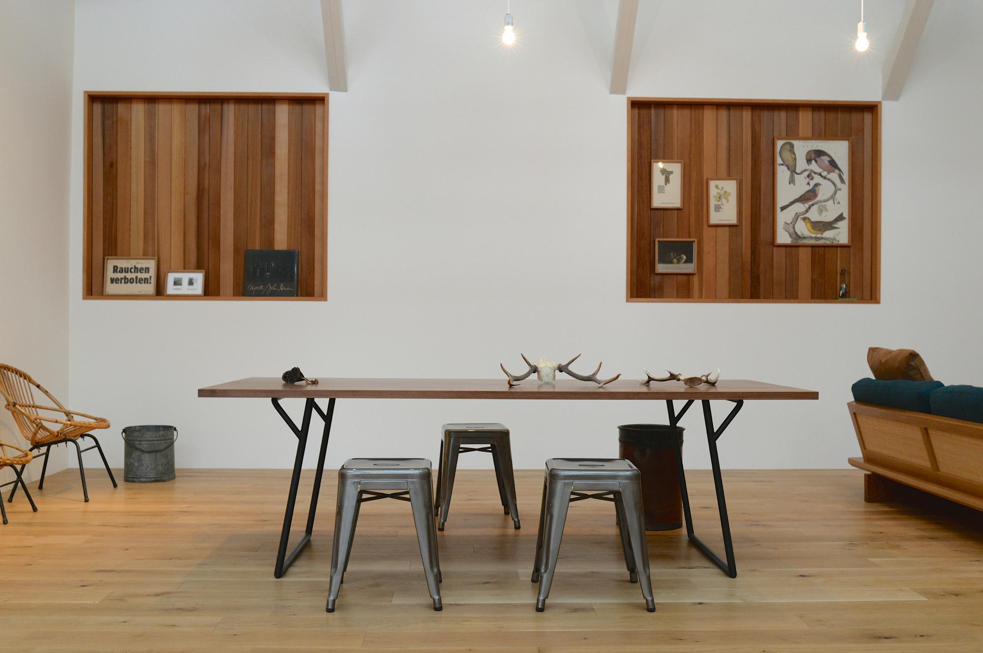 オーダー家具 ウォールナット無垢材 ダイニングテーブル