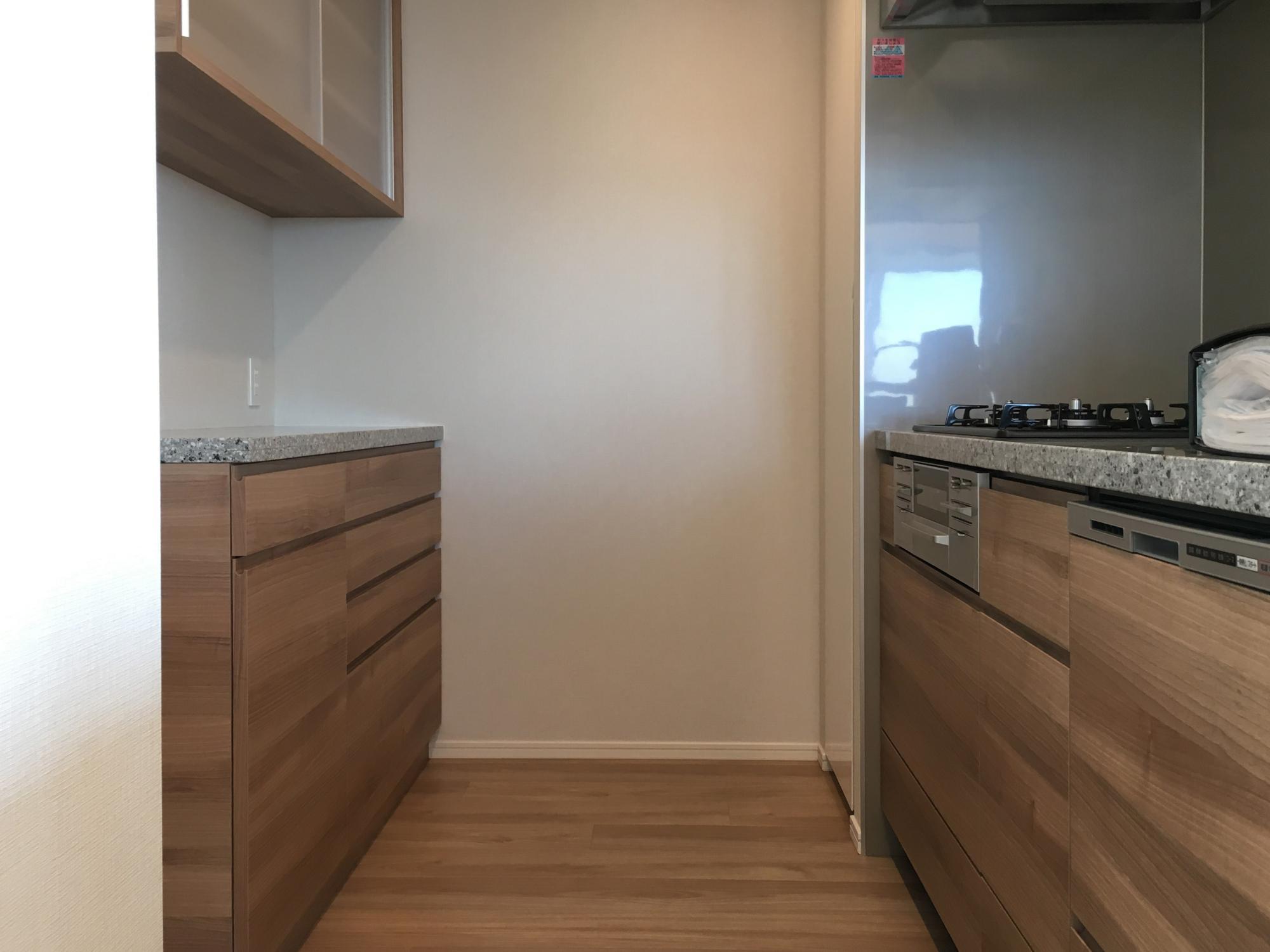食器棚 キッチン 引き戸 面材合わせ