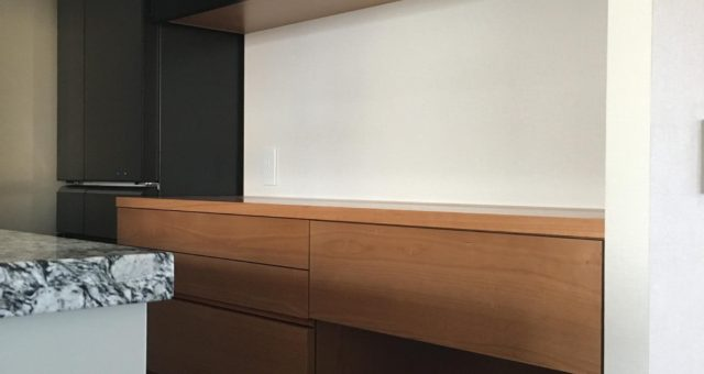 食器棚の納品(足立区I邸)